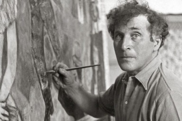 Marc Chagall avec un piceau